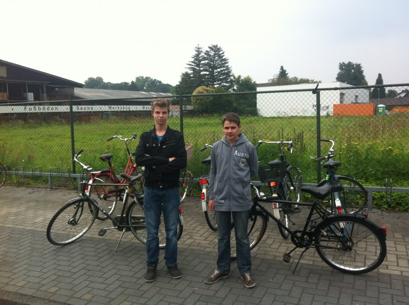 Die Jugendparlamentarier Florian Haverland (links) und Wenzel Rabek (rechts) freuen sich über die schnelle Umsetzung.